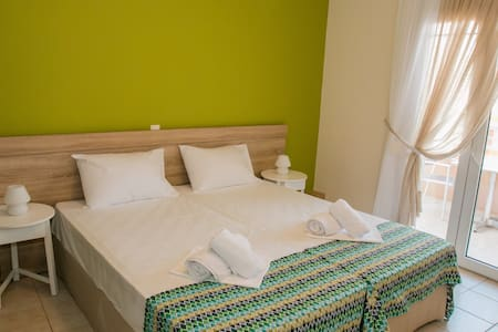 Sunny Beach Apartments Rethymno - Rethimno - Apartment