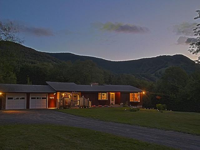 Charming home with mountain views - Hunter - Ev