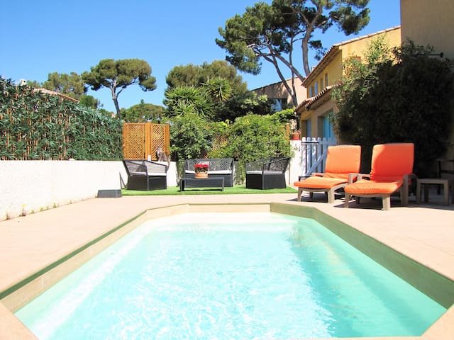 Villa with pool at 50 meters from the sea - Sausset-les-Pins - Villa