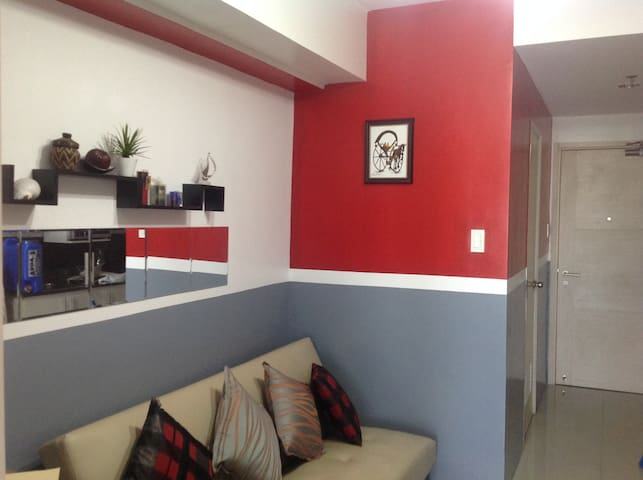 1BR Condo, Fully Furnished Walking Distance to MOA - Pasay City - Huoneisto