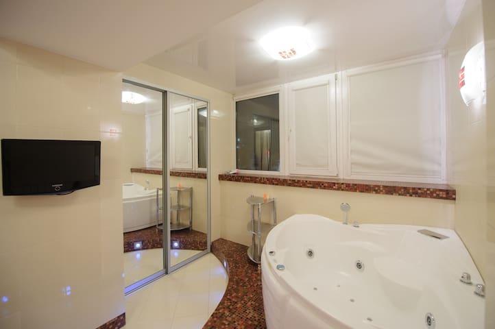 2-к квартира Р. Люксембург 19