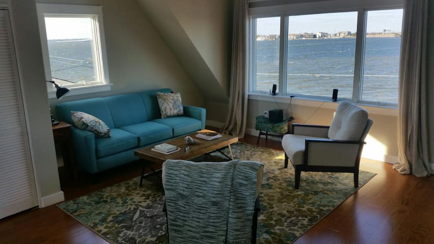 Brand New Waterfront Beach House - Seaside Park - Apartment