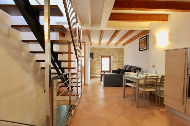 Townhouse centrally located in the heart of Pollensa. Perfect for cyclists and hikers.