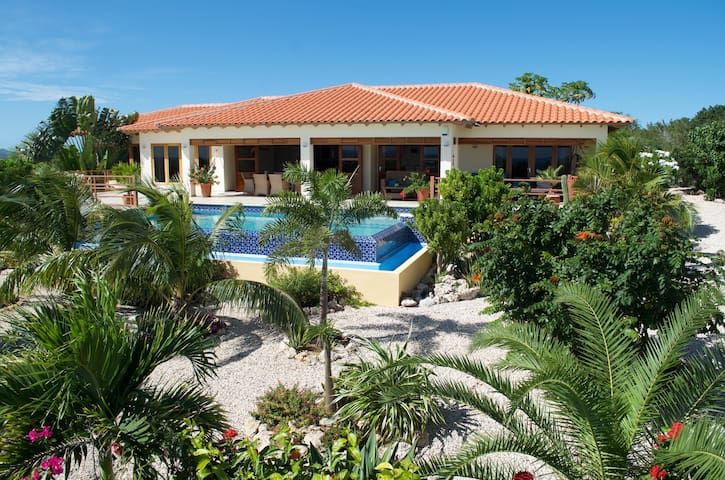 Piece of Paradise With Ocean Views - Kralendijk - Casa