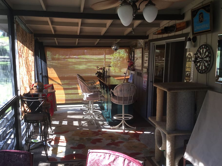 The awesome deck with bar and games.