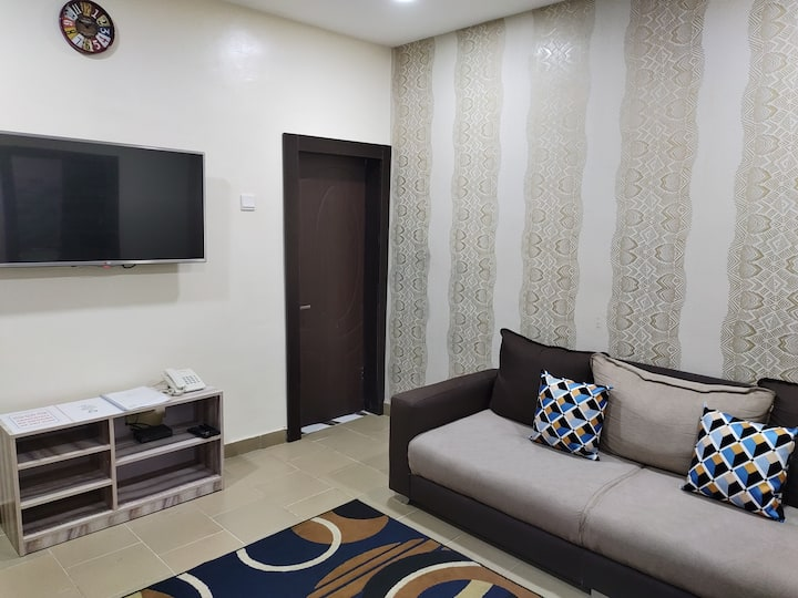 Exquisite serviced apartment 8  (Wuse 2)