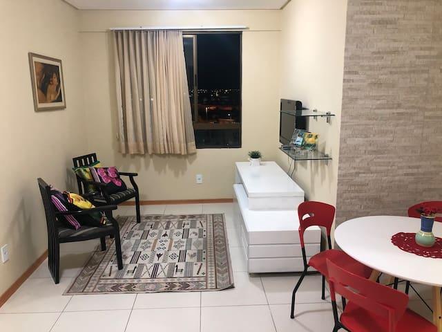 Apartamento Mobiliado 2 Qtos - Centro