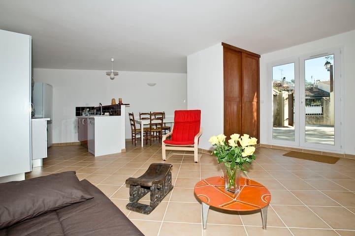 Gîte La Condamine, le confort sur Sainte-Victoire - Puyloubier - Apartemen