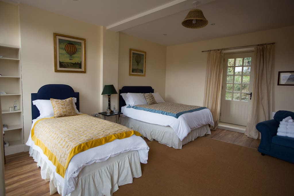 The Coach House - Triple Room