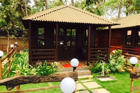 Luxury Cottage at Palolem Beach - Canacona - Cabin