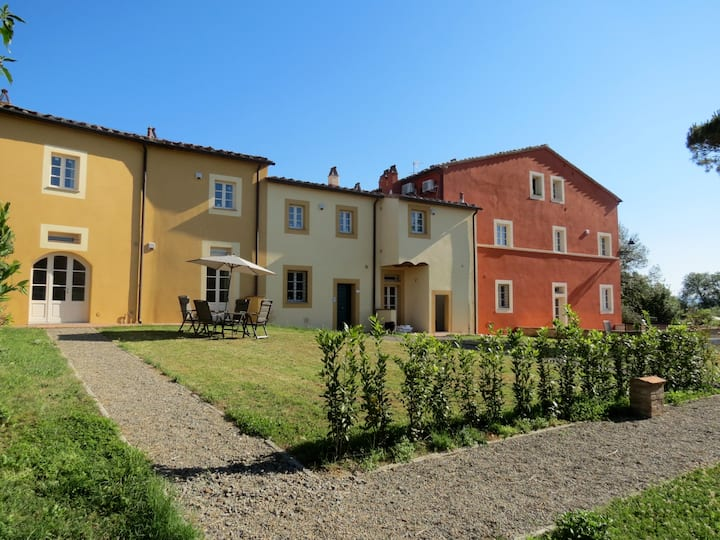 Lovely house in the Tuscan hills - Giacometti apt