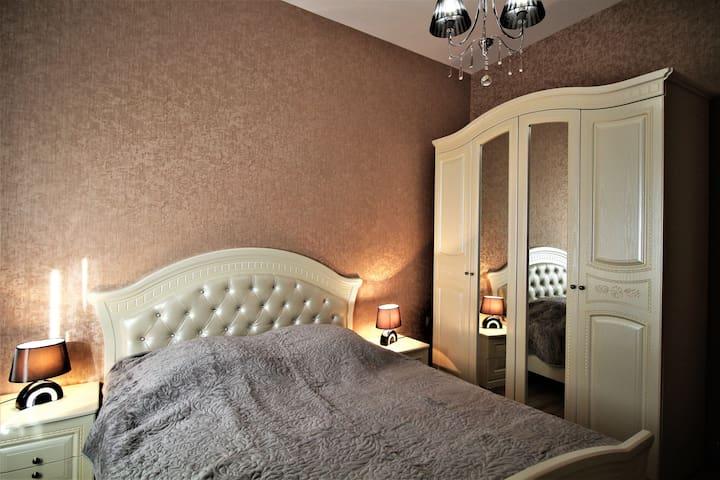 """Апартаменты, Собственный  дом на """" Марджанишвили"""""""