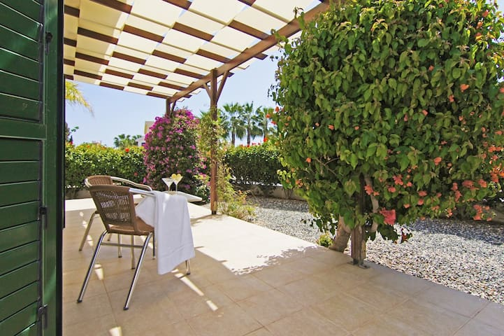 Galene-family villa with private pool