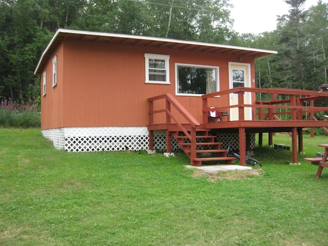 #110 (TRAYTOWN CABINS)