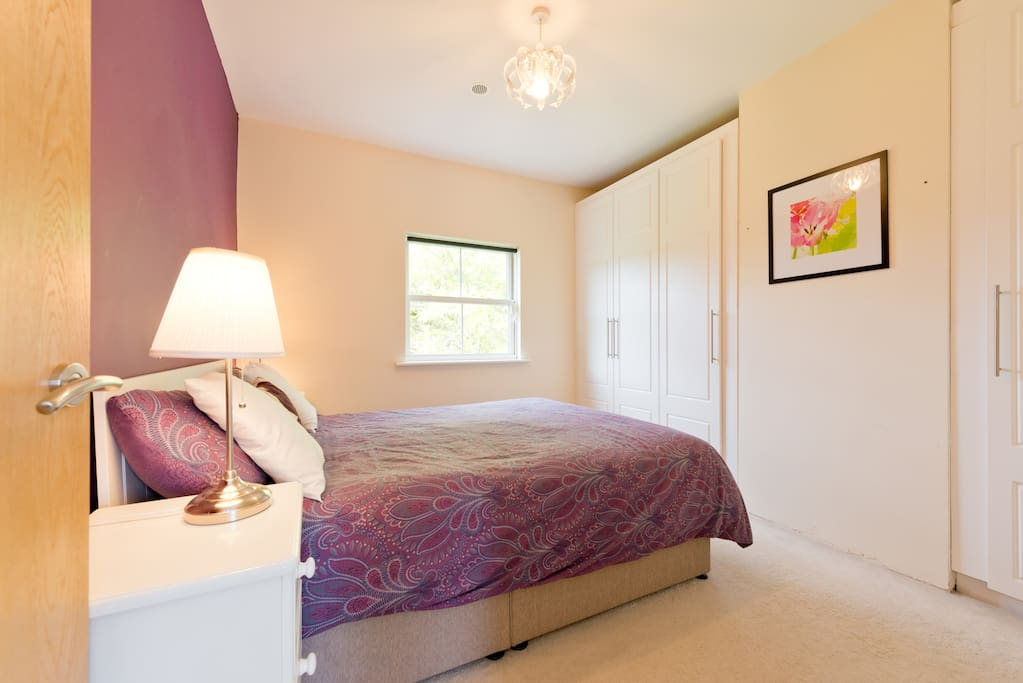 Wicklow Way Accommodation close to Johnnie Fox's Pub. Double Room