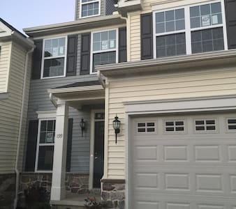 Newly Built Townhouse in Happy Valley - Boalsburg - Rivitalo
