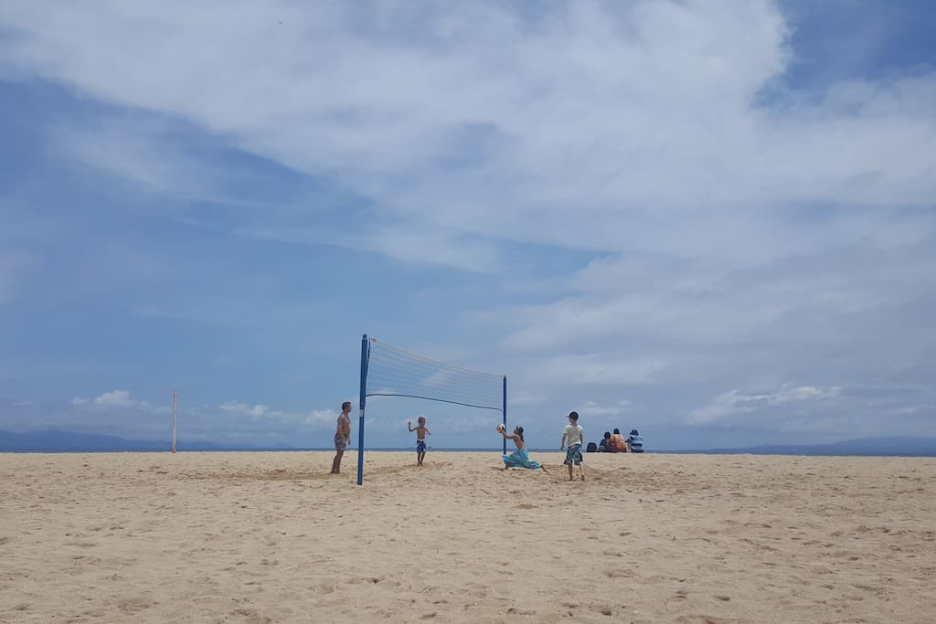 Just a 5 minute walk away is a beautiful beach with volleyball or just lounge under a tree.