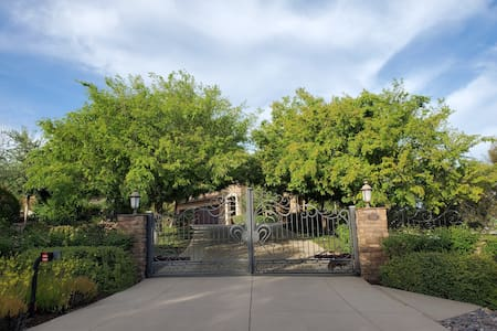 La Casita Bonita, Minutes to Temecula Wine Country
