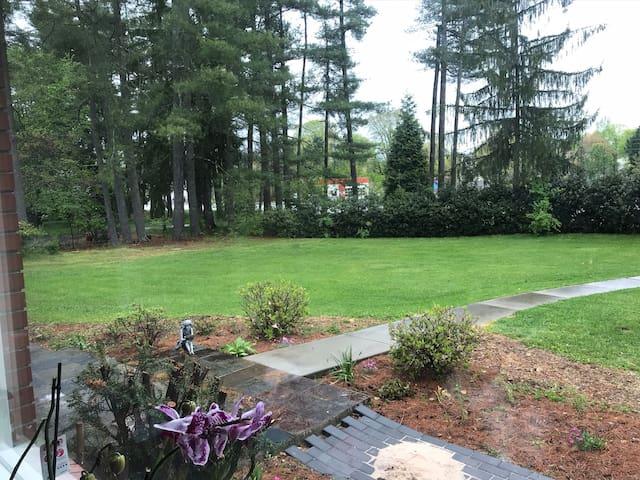 Biltmore village -private guest suite