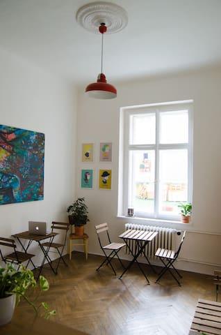 K7 Sunny Art Flat - 150m to Old Town Square (4) - 布拉格 - 公寓