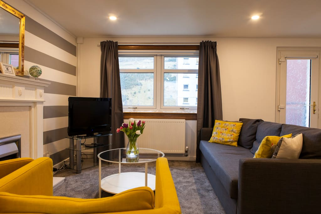 edinburgh living room home from home in holyrood city centre sleeps 6 11445