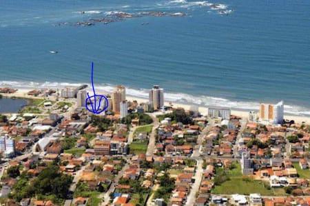 Linda KITNET (Studio) só 30 metros da Praia