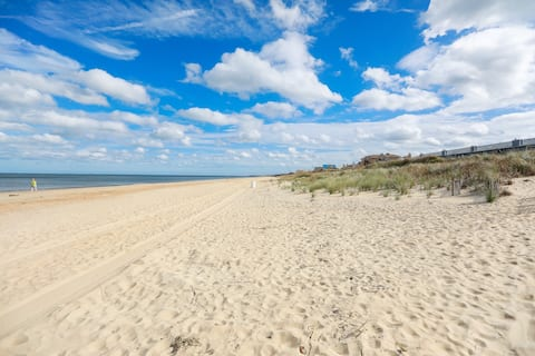 Coastal Get Away Across From Ocean View Beach