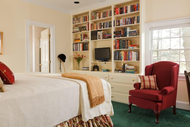Inn at Whitewing Farm - The Jockey Room