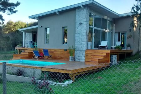 Casa en alquiler en Sierra de los Padres - Talo