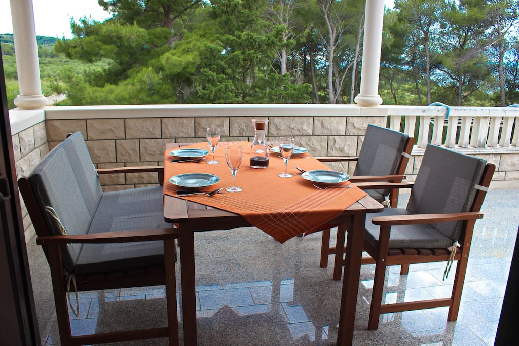 Furnished terrace with partial sea view