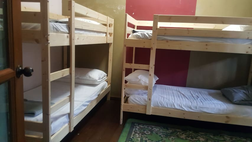 Bed in 4- Bed Mixed Dormitory Room