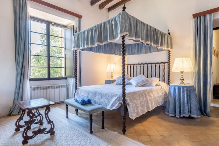 Romantic Room in Guest House Son Vivot with Pool, Terraces & Wi-Fi; Parking Available, Breakfast Included