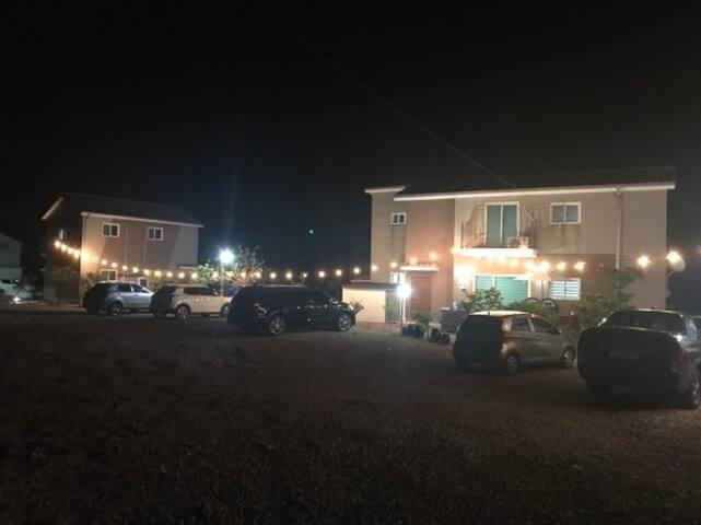 남해 가족형독채펜션 더하우스