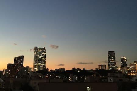 東京タワー至近、夜景抜群、魔法のソファ、フリードリンク付! - Minato-ku