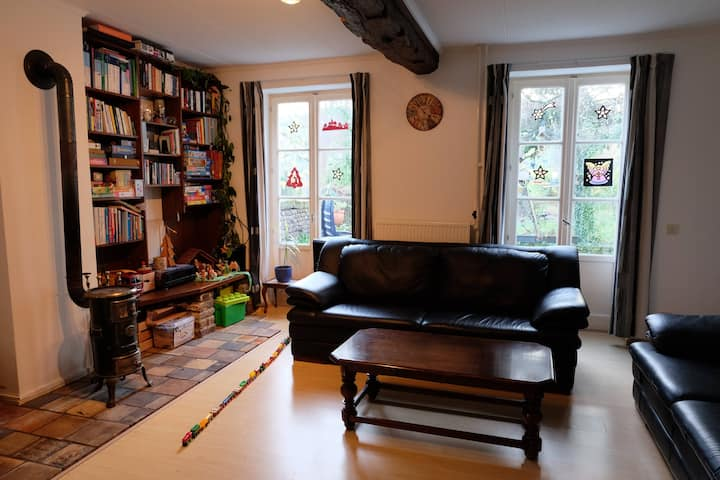 Basic room for rent, center of Vaals, 2-3 people