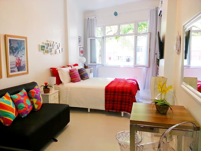 Brand new studio in Ipanema with good wi-fi!