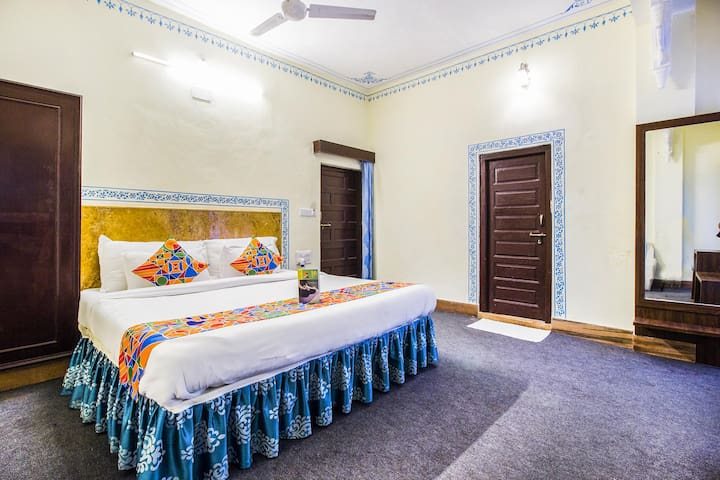 Amazing Udaipur Deluxe Stays <Gulab Bagh, Udaipur>