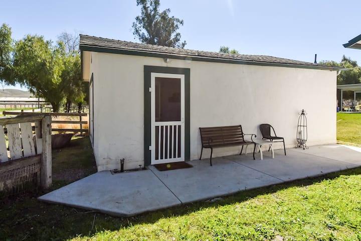 Paicines Ranch Rose Cottage Annex