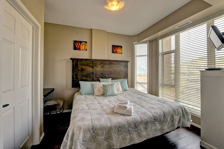 #1004 Sunset Waterfront Resort 10th Floor Two Bed Condo Downtown Kelowna