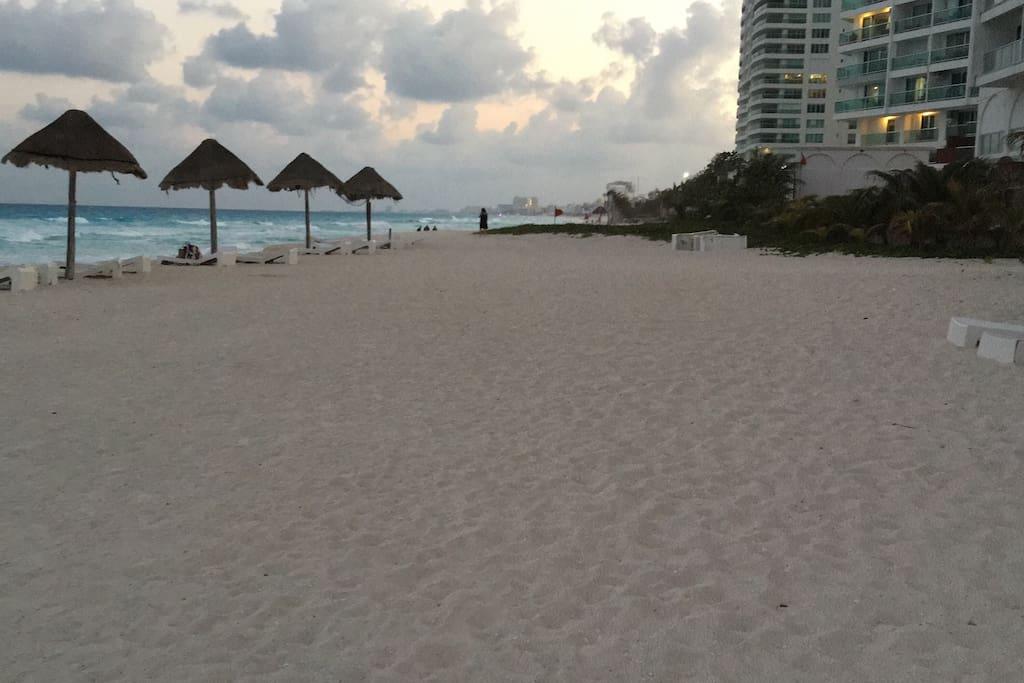 Una de las mejores playas del lugar, tranquila y bellísima vista