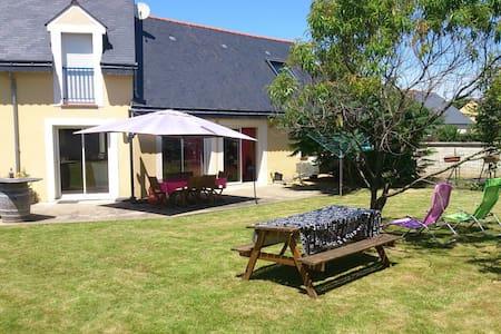 Maison à 2 pas de la Mayenne - Ménil - Rumah