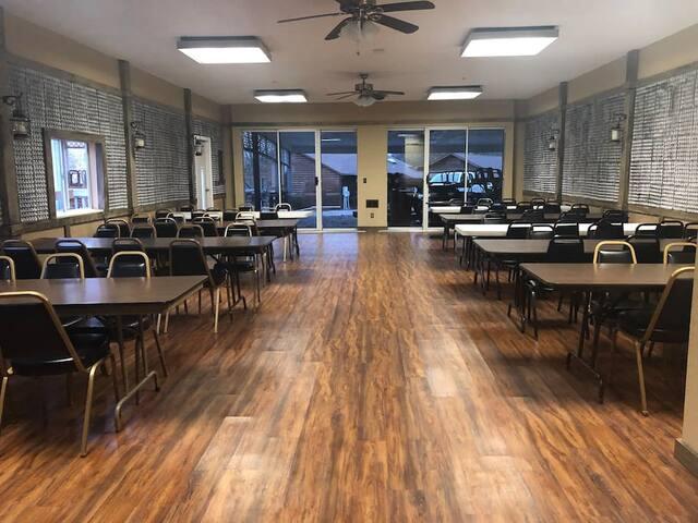 Party Barn Platte City / Kansas City Mo