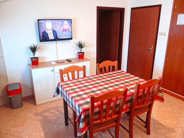 Apartment Mauricio (Štinjan) ***  3+2 person