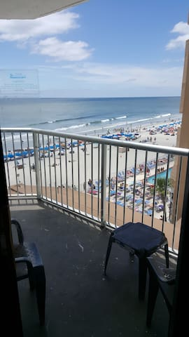 Beautiful Sands Ocean Club condo with ocean view