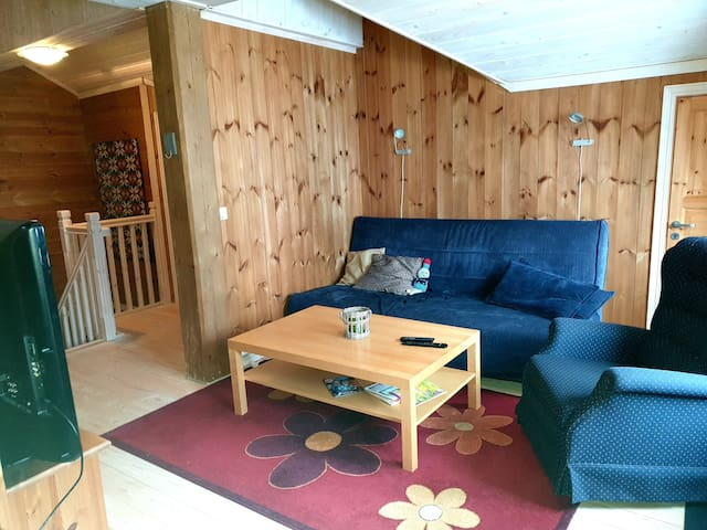 Hyggelig leilighet over 2 plan på Bortelid.