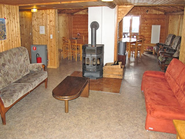 Apartment Chalet Anthamatten for 16 persons - Champery - Apartamento
