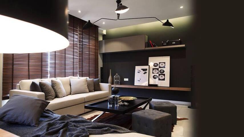 KL @ Cheras Hartamas # 2 Rooms - Cheras Hartamas - House