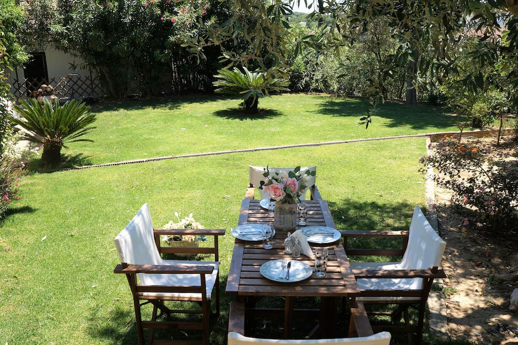 enjoy a relaxed lunch or dinner in the beautiful garden