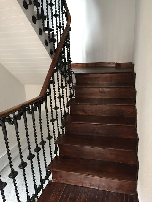 Entrance stairwell