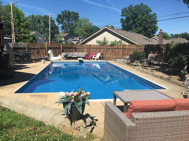 Staycation in KC w/ Pool, 1 Private Room Sleeps 3+